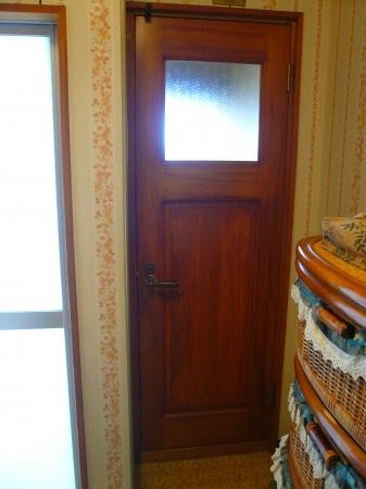 アンティーク風ドア