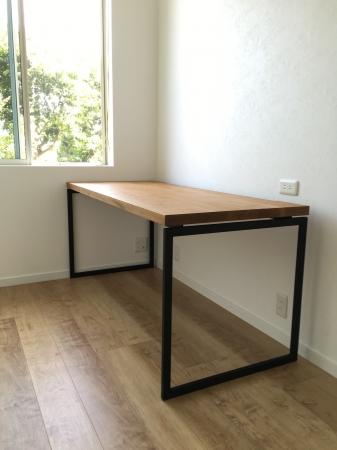 書斎テーブル