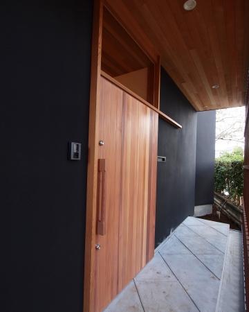 木製玄関(米杉)