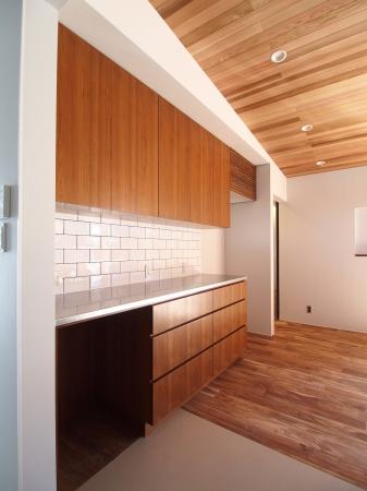 食器棚 チーク厚突き板