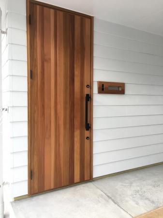 木製玄関ドア レッドシダー