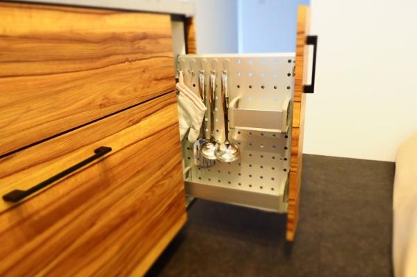 調理器具収納