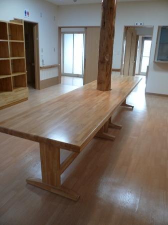 オリジナルのテーブル